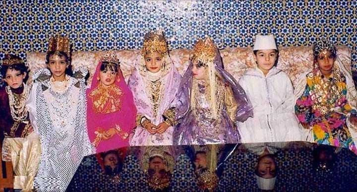 Moroccan-children-celebrate-The-Night-of-Destiny-Ramadan