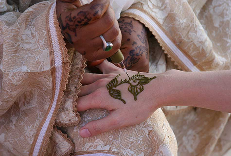 HOW-AL-HENNA-IS-MADE