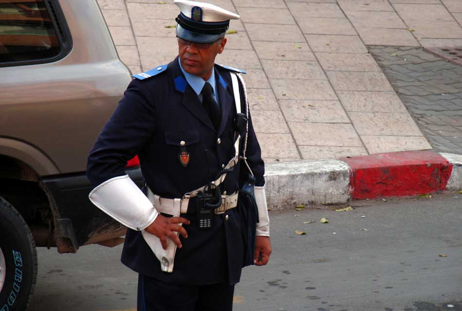 Real moroccan police man hhh ;)