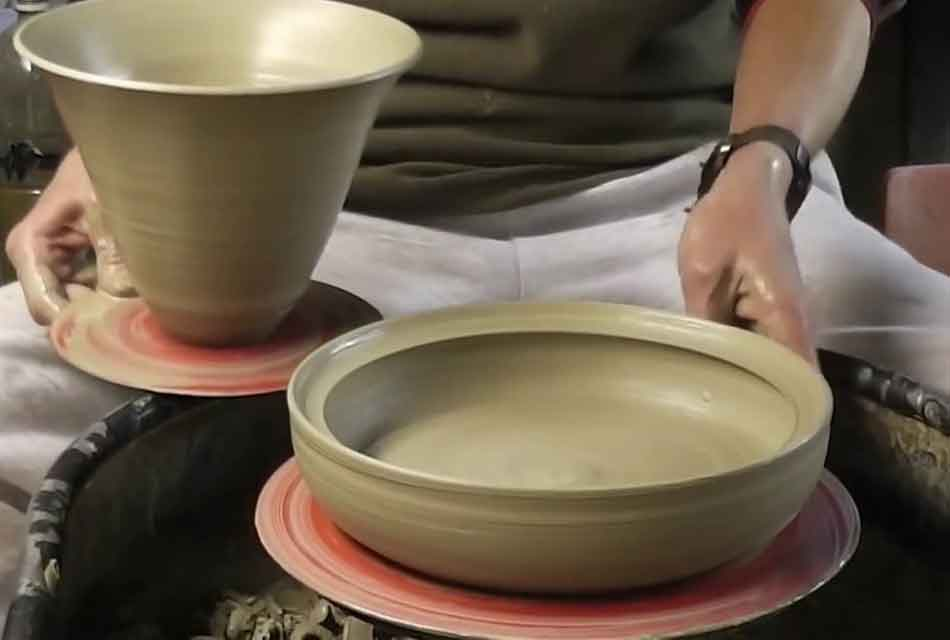 Making a Pottery Tagine